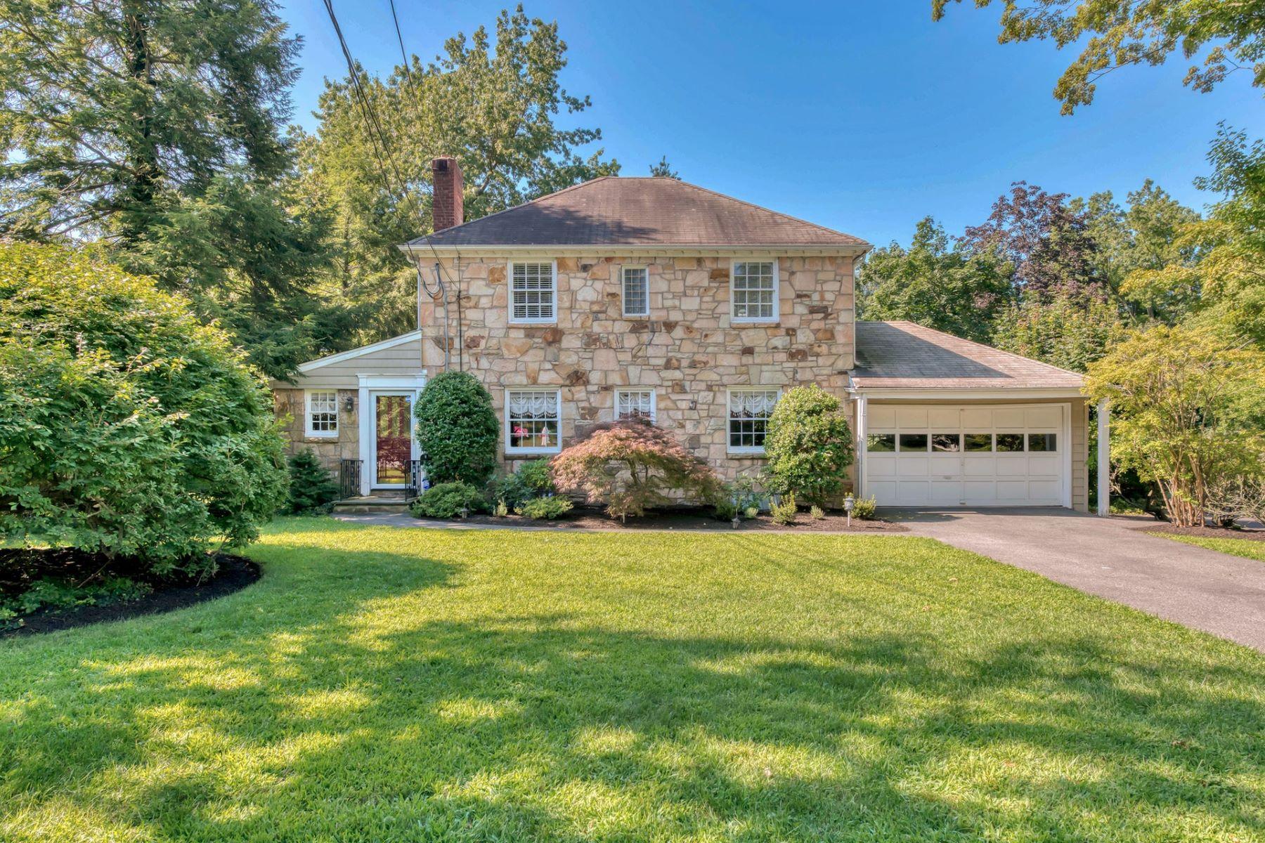 Single Family Homes por un Venta en East Hill 173 Hardenburgh Ave Demarest, Nueva Jersey 07627 Estados Unidos