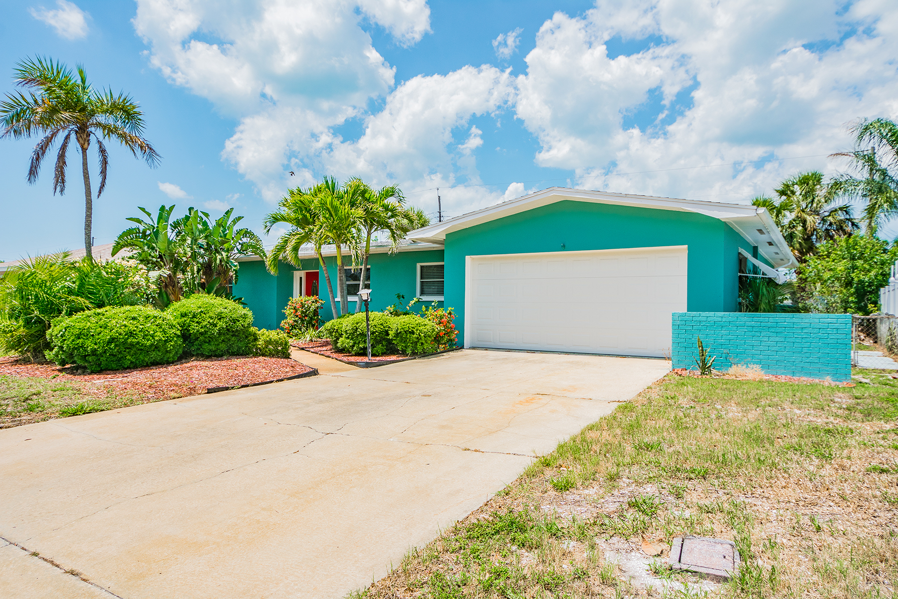 Single Family Homes for Active at 111 23rd St Belleair Beach, Florida 33786 United States