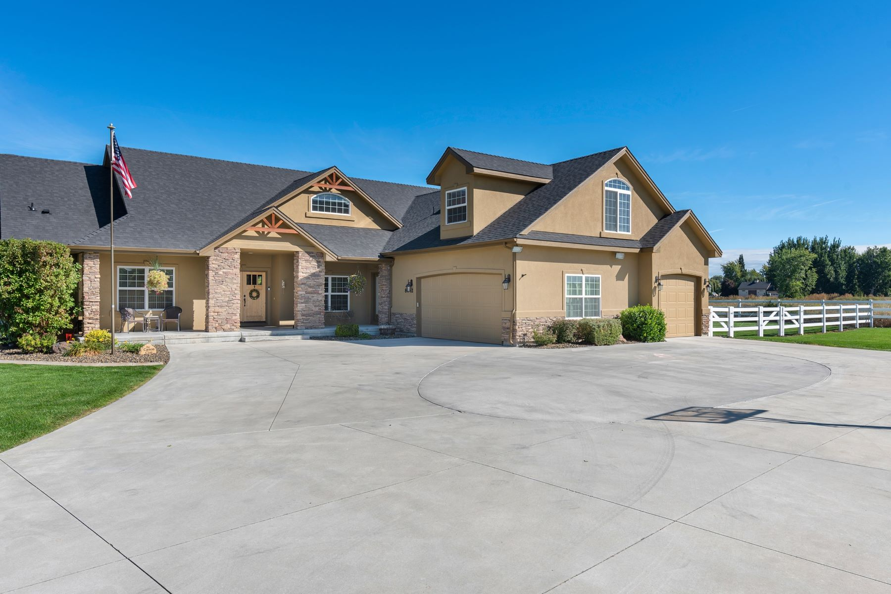 Single Family Homes for Sale at 8642 Kingston Way, Middleton 8642 Kingston Way Middleton, Idaho 83644 United States