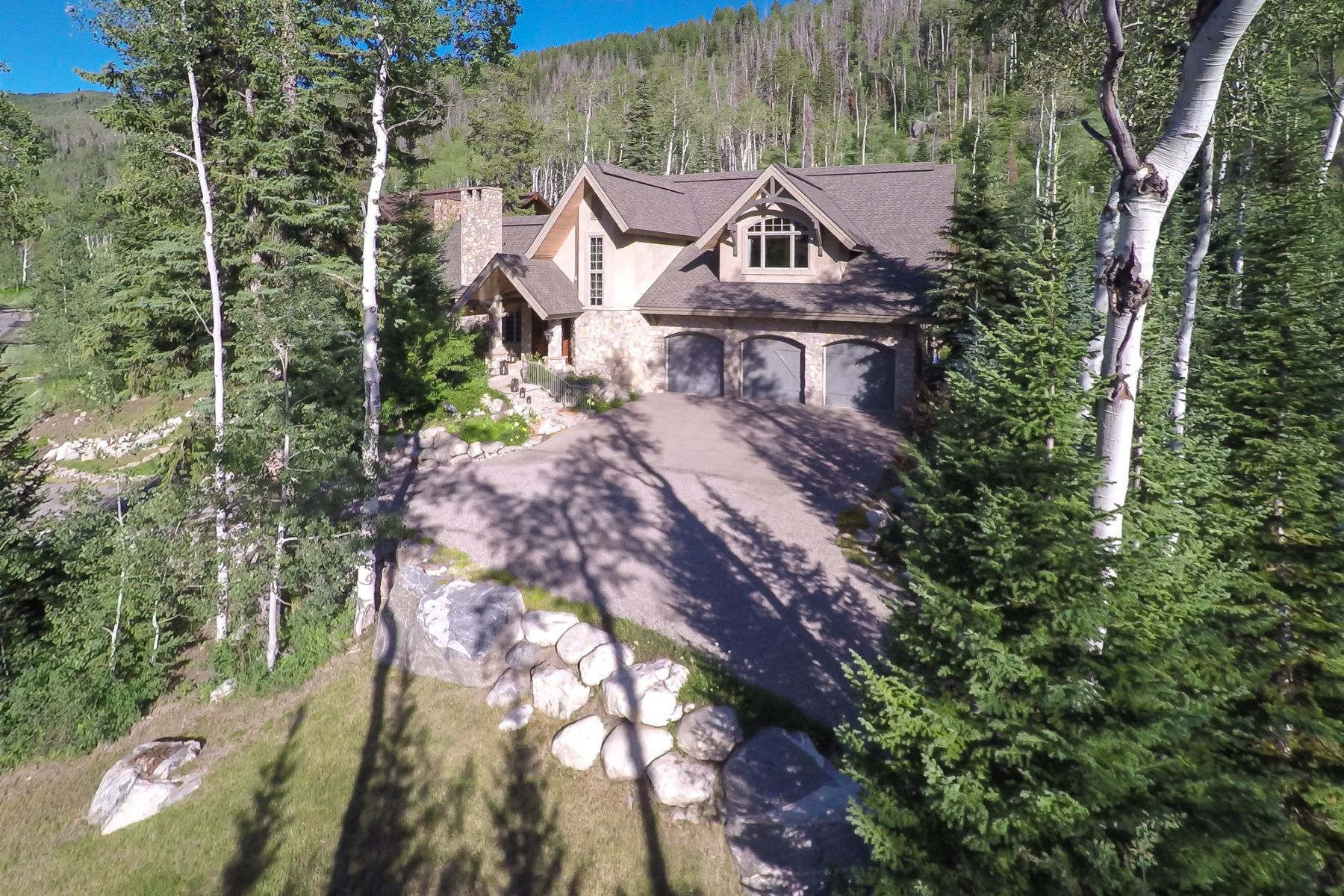 Additional photo for property listing at Private Sanctuary Retreat 3053 Aspen Wood Drive Steamboat Springs, Colorado 80477 États-Unis