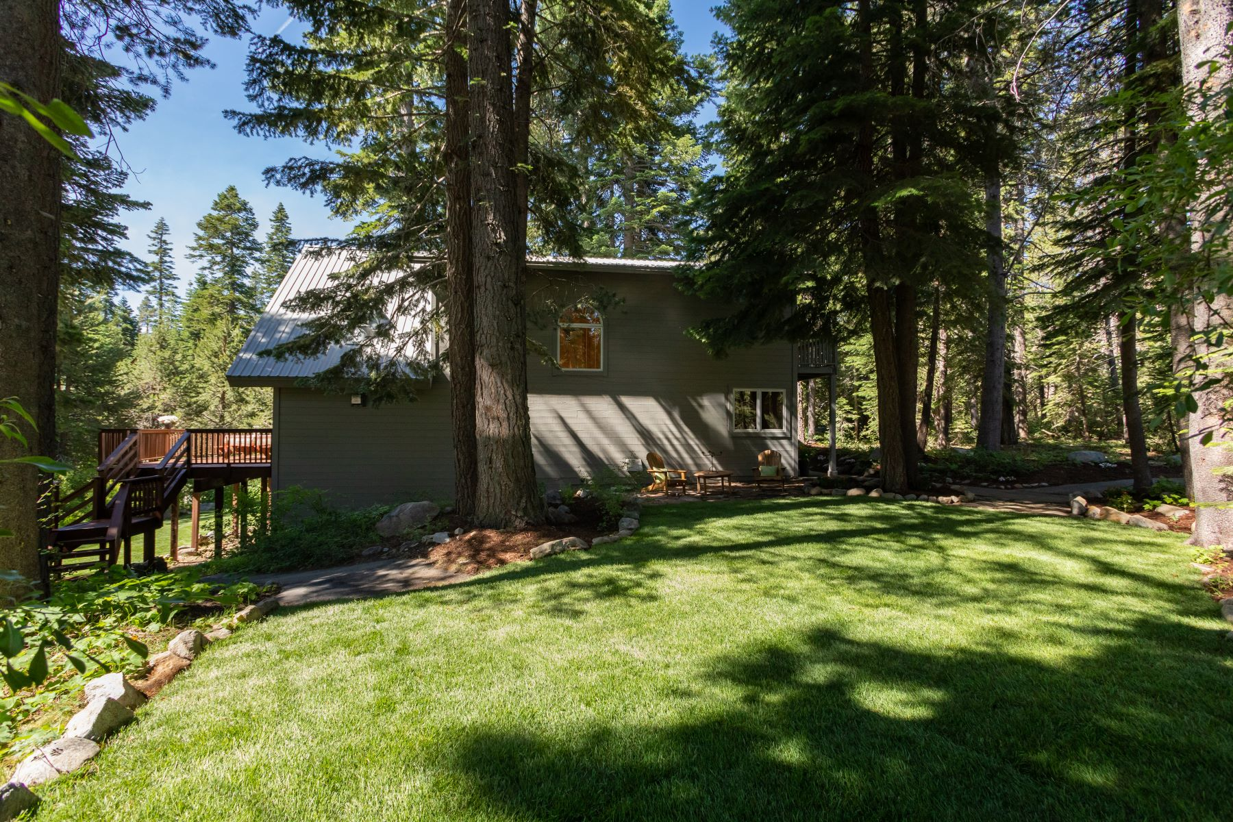 Additional photo for property listing at 6481 Marla Court, Tahoma, CA 96142 6481 Marla Court Tahoma, California 96142 Estados Unidos