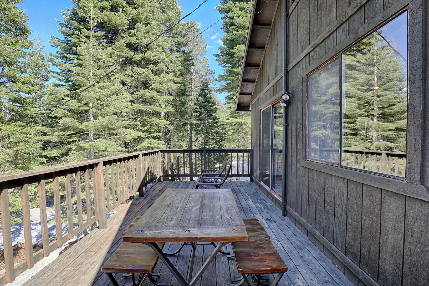 Additional photo for property listing at 13995 Pathway Avenue, Truckee, CA 13995 Pathway Avenue Truckee, California 96161 United States