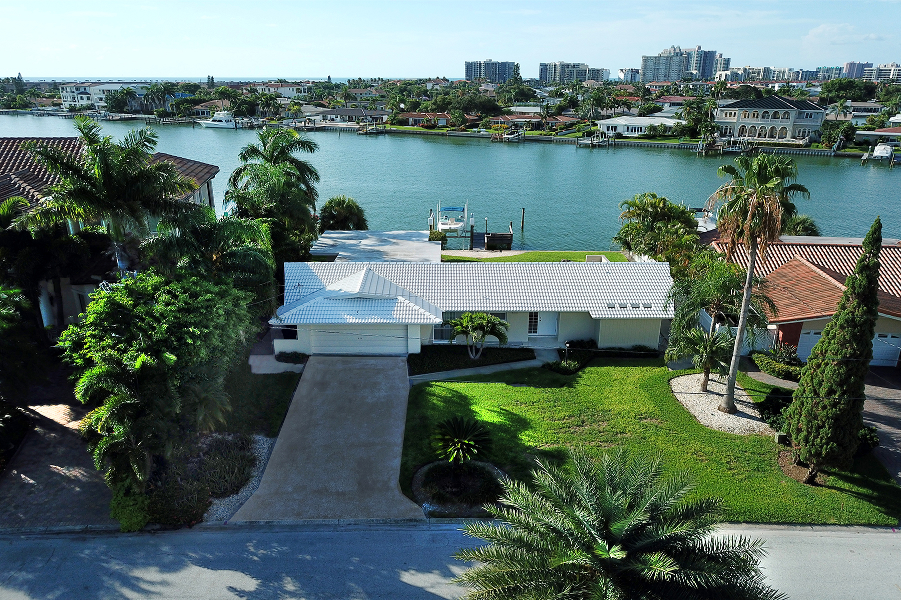 Single Family Homes for Active at 2236 Donato Dr Belleair Beach, Florida 33786 United States