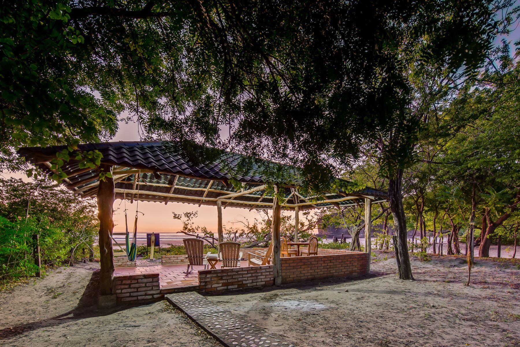 Частный односемейный дом для того Продажа на Spectacular Playa el Coco Beachfront property Casa Panama San Juan Del Sur, Rivas, Nicaragua