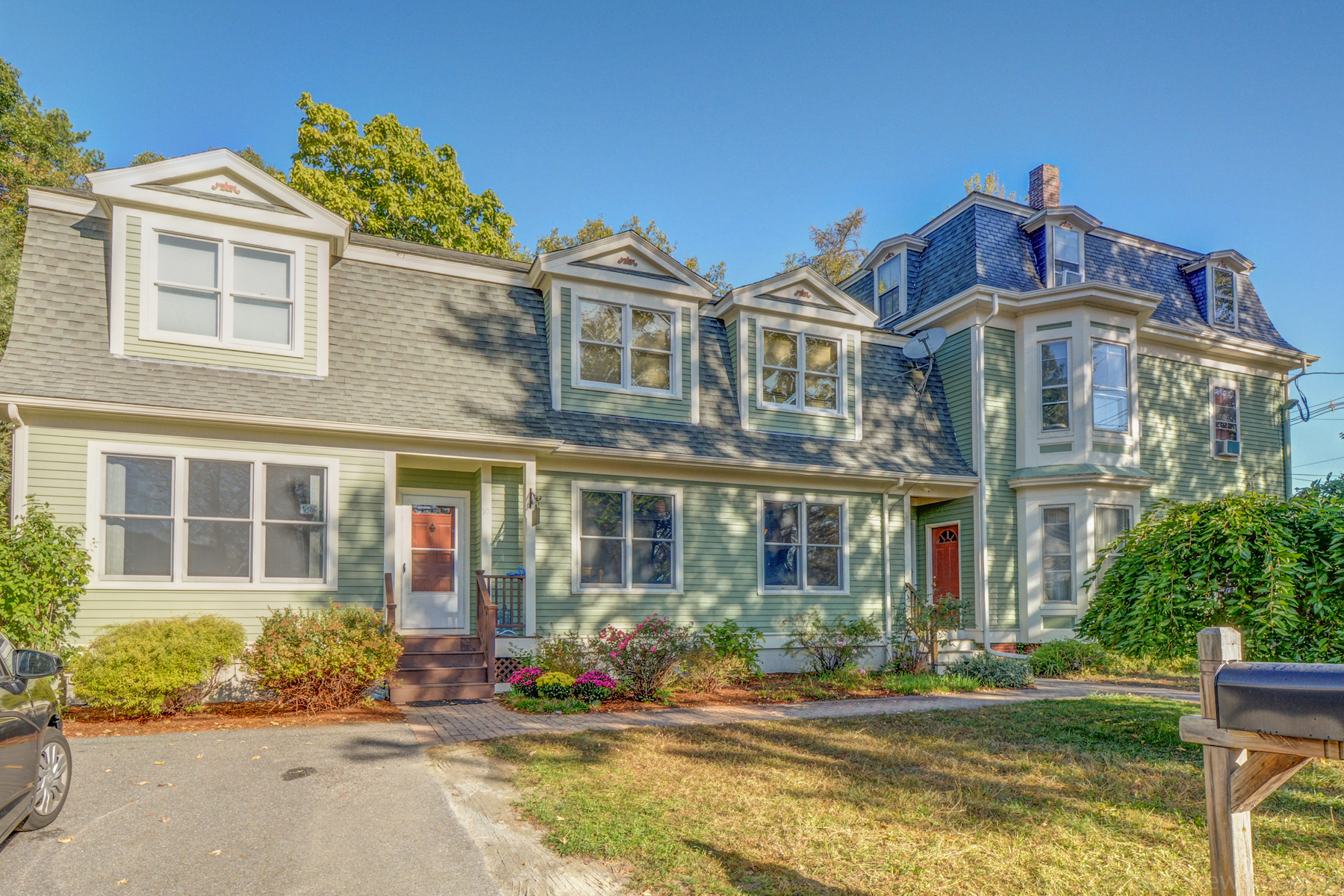 Single Family Home for Sale at This attached home lives and feels like a single family 10 Highland St, Concord, Massachusetts, 01742 United States