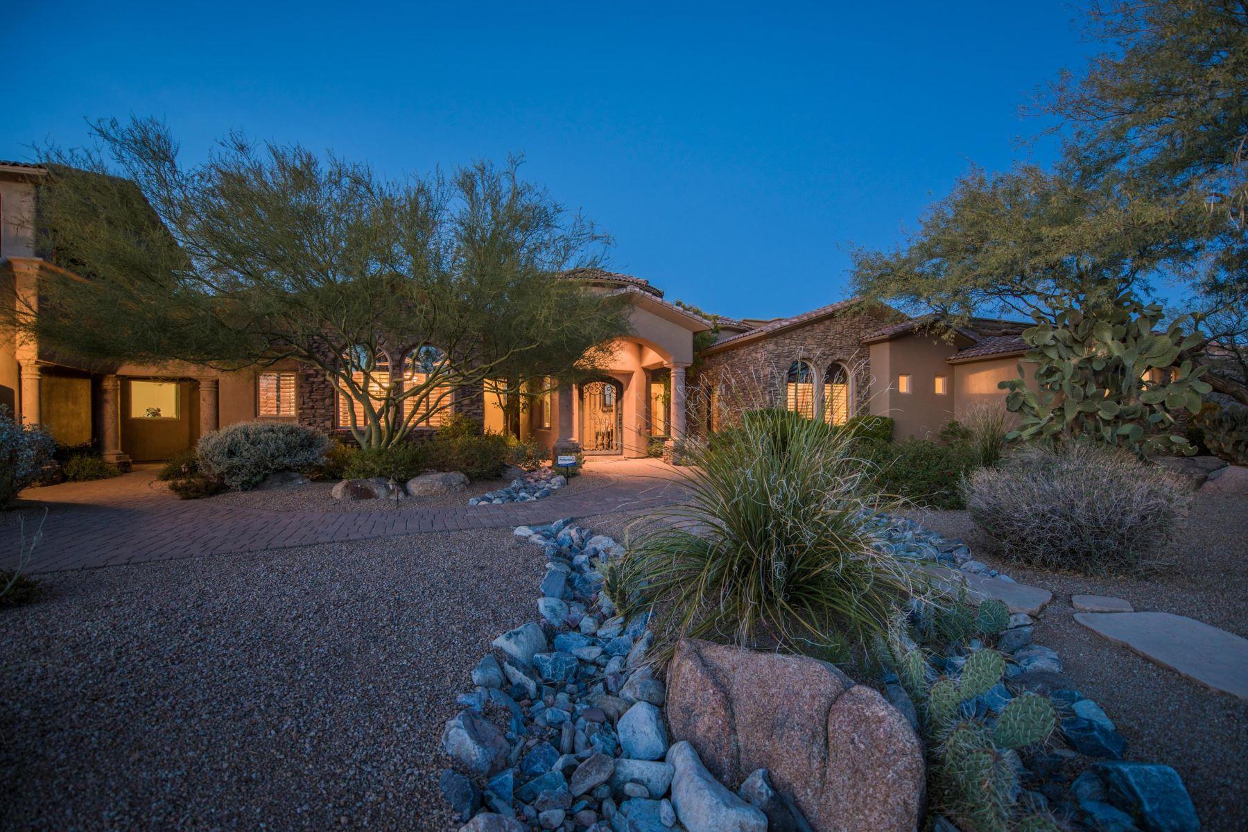 Maison unifamiliale pour l Vente à Beautiful custom Scottsdale home 8644 E Woodley Way, Scottsdale, Arizona, 85266 États-Unis