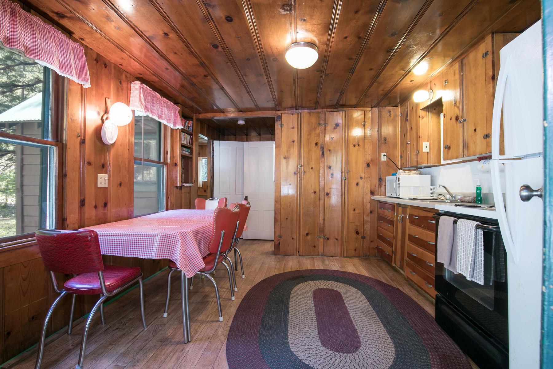 Additional photo for property listing at 21622-2162 Highway 49, Sierra City, California 96125 21622-2162 Highway Sierra City, 加利福尼亚州 96125 美国
