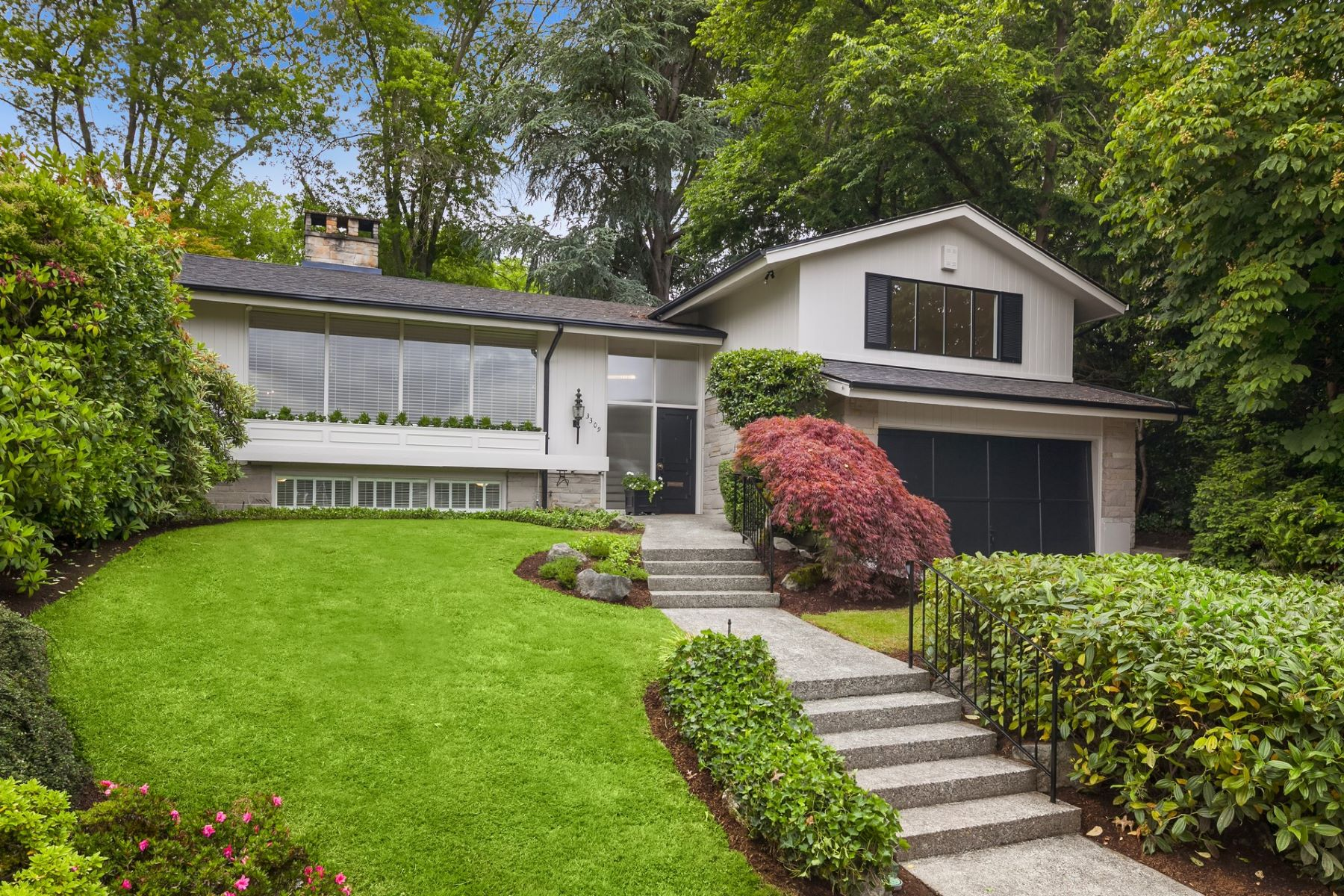 Single Family Home for Sale at Charming Contemporary in Broadmoor 3309 E Saint Andrews Way Broadmoor, Seattle, Washington, 98112 United States