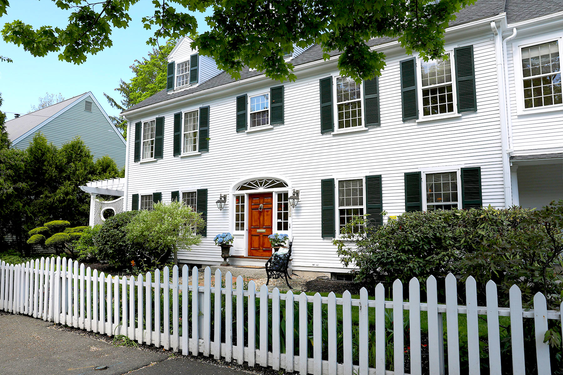 Single Family Homes for Active at Classic and stately 1927 estate colonial 131 Atlantic Avenue Marblehead, Massachusetts 01945 United States