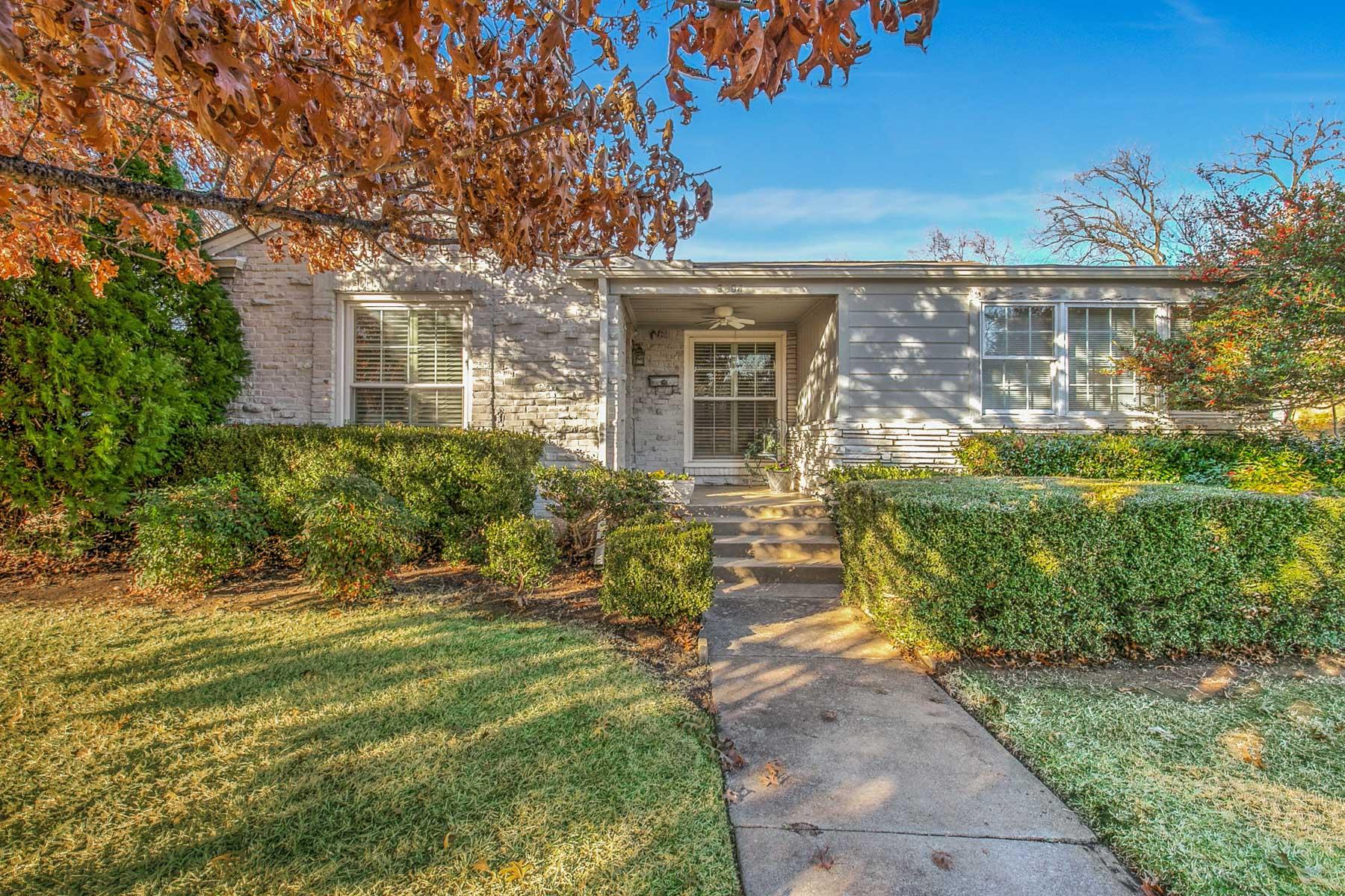 独户住宅 为 销售 在 3604 HIlltop Road 沃斯堡市, 得克萨斯州, 76109 美国