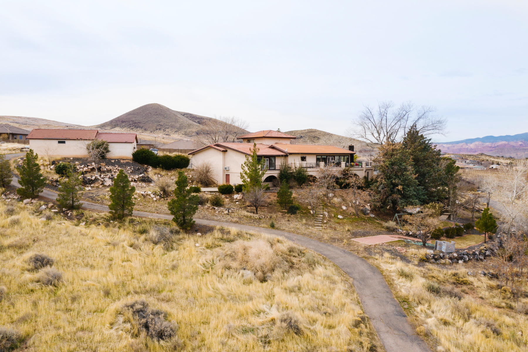 Single Family Homes for Sale at Majestic Hurricane Beauty 1377 West 650 South Hurricane, Utah 84737 United States