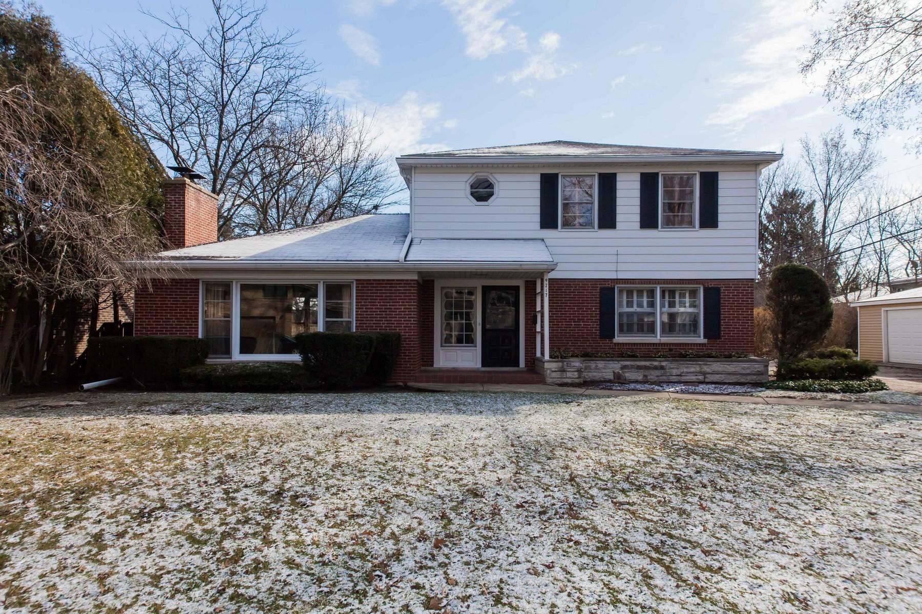 Casa Unifamiliar por un Venta en Custom Built Home 9217 Hamlin Avenue Evanston, Illinois, 60203 Estados Unidos