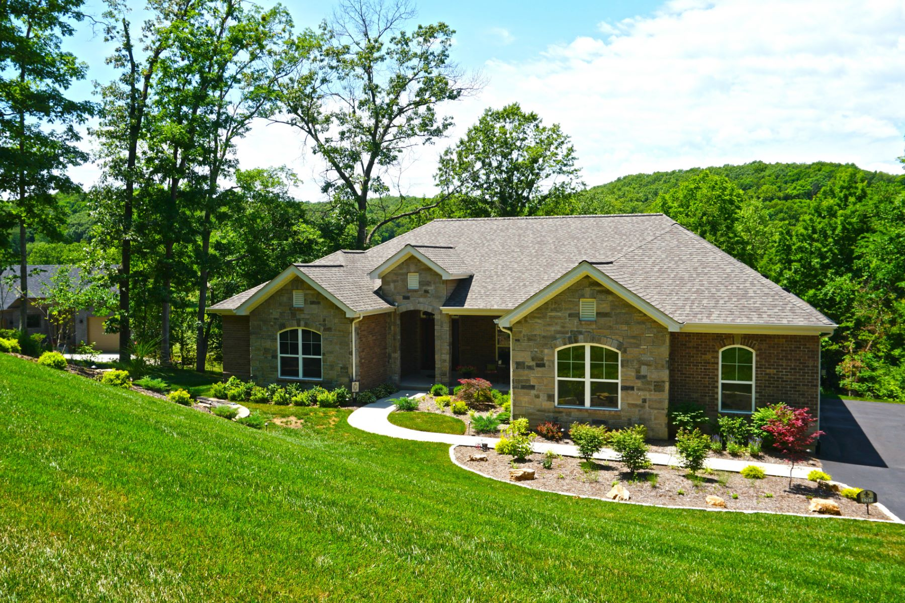 Single Family Home for Sale at Diamond Valley Dr 1217 Diamond Valley Dr High Ridge, Missouri 63049 United States