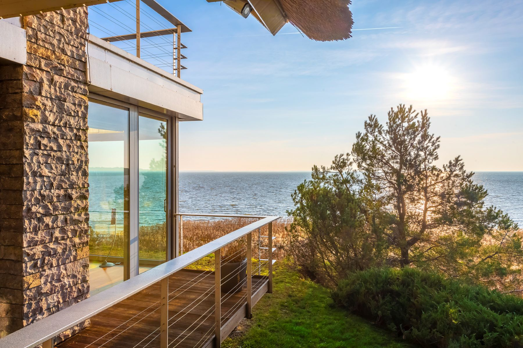 Single Family Homes 为 销售 在 Luxurious Villa on the Coast of the Curonian Lagoon Other Klaipeda County, 克莱佩达港 立陶宛