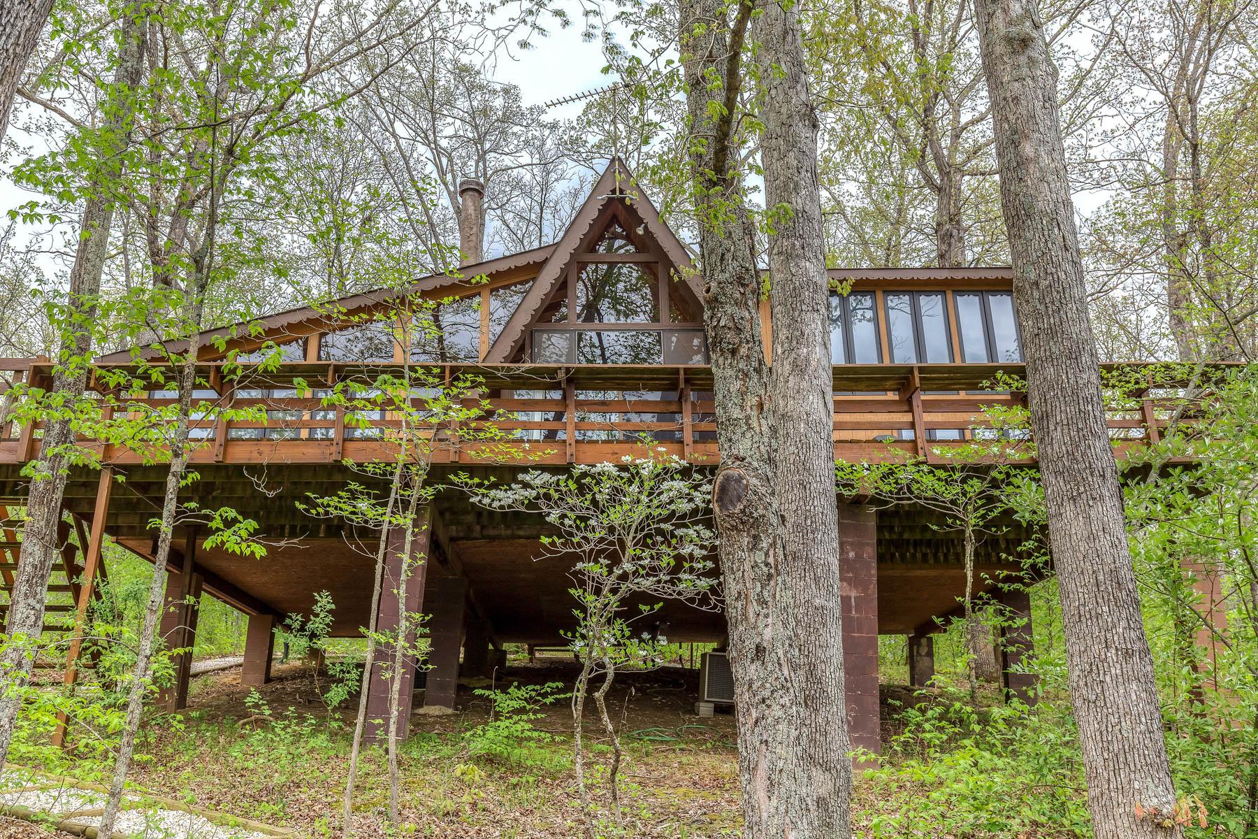 Single Family Home for Sale at Castelenova Dr 213 Castelenovo Dr Innsbrook, Missouri, 63390 United States