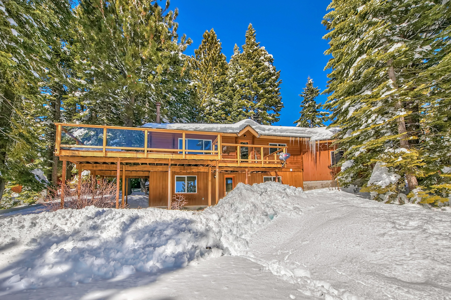 Single Family Home for Active at 528 Joseph Court, Tahoe City, CA 528 Joseph Court Tahoe City, California 96145 United States