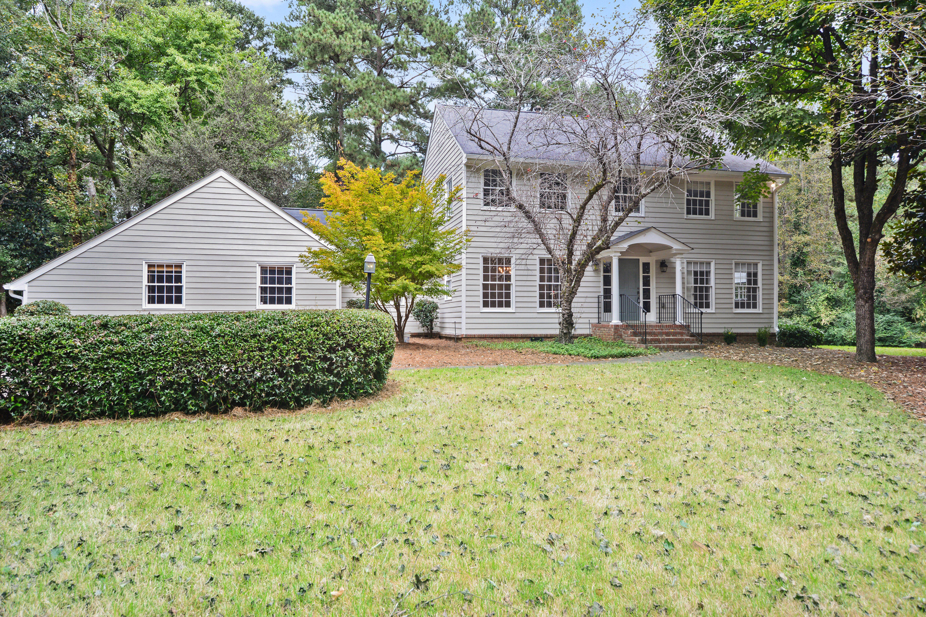 Single Family Home for Sale at Conveniently Located And Move-In Ready 3145 Farmington Dr Atlanta, Georgia 30339 United States