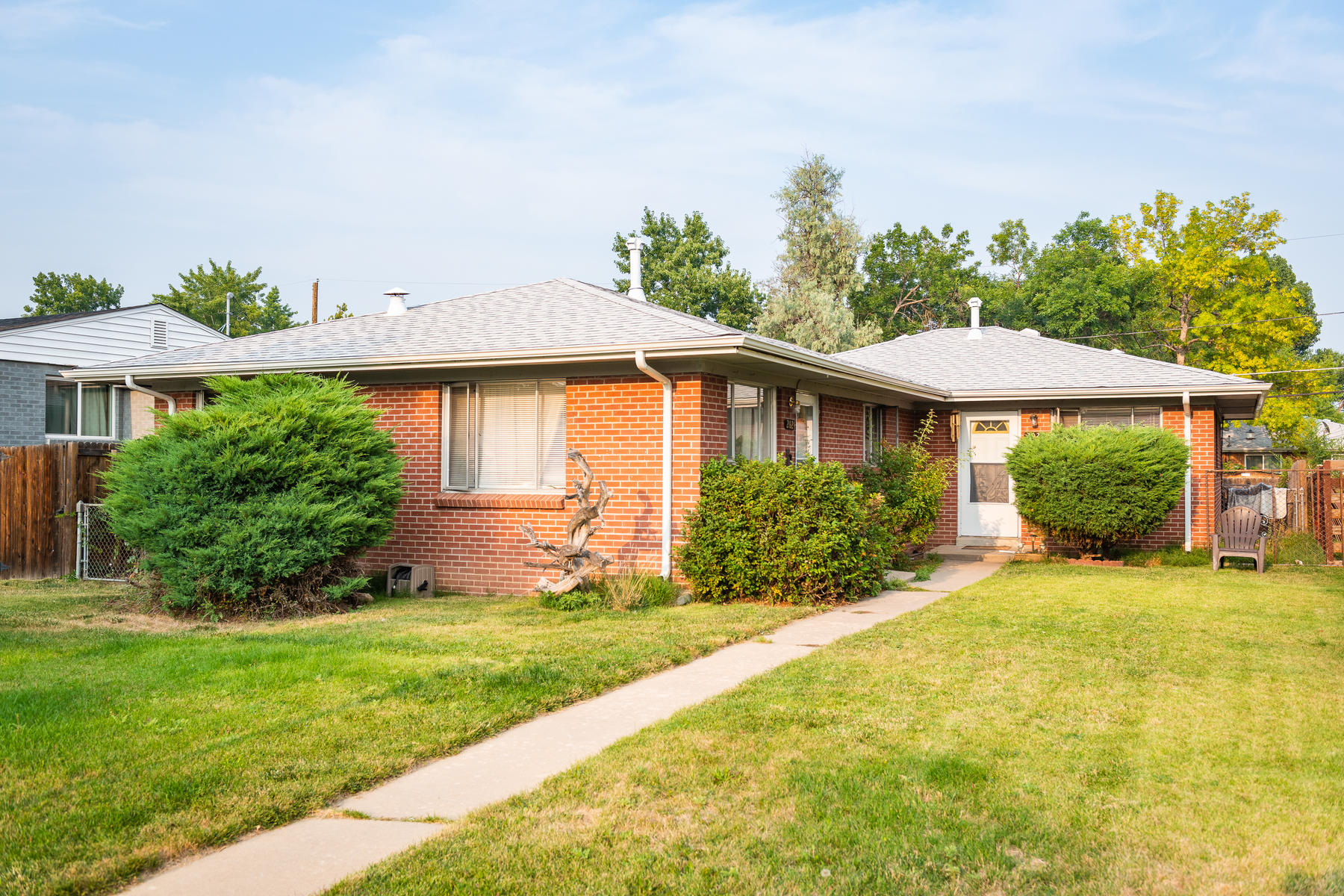 Duplex for Active at Potential To Increase Value In A Hot Area! 2020 Kendall St Edgewater, Colorado 80214 United States