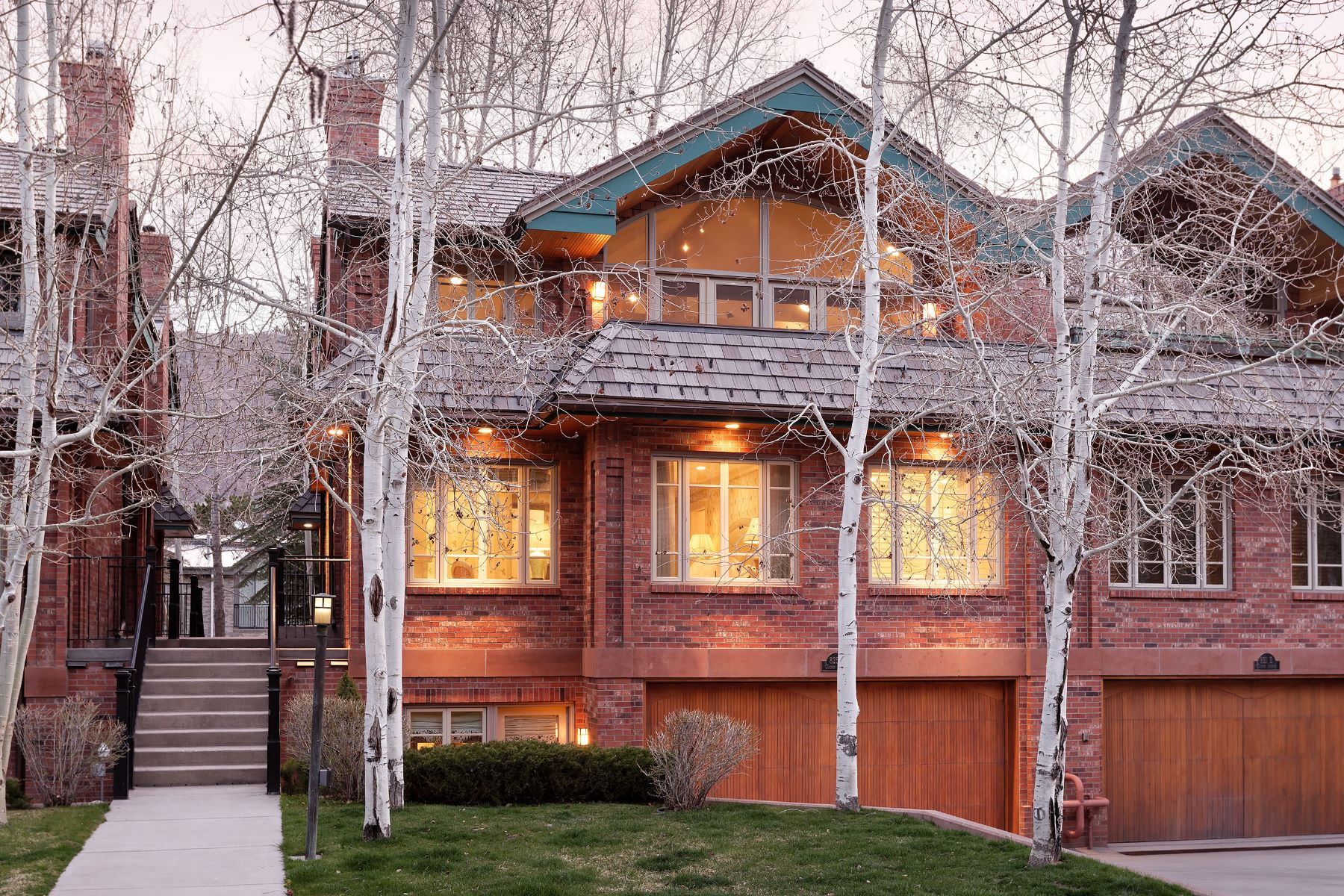 Townhouse for Active at In-town Living Defined 825 East Cooper Avenue Aspen, Colorado 81611 United States
