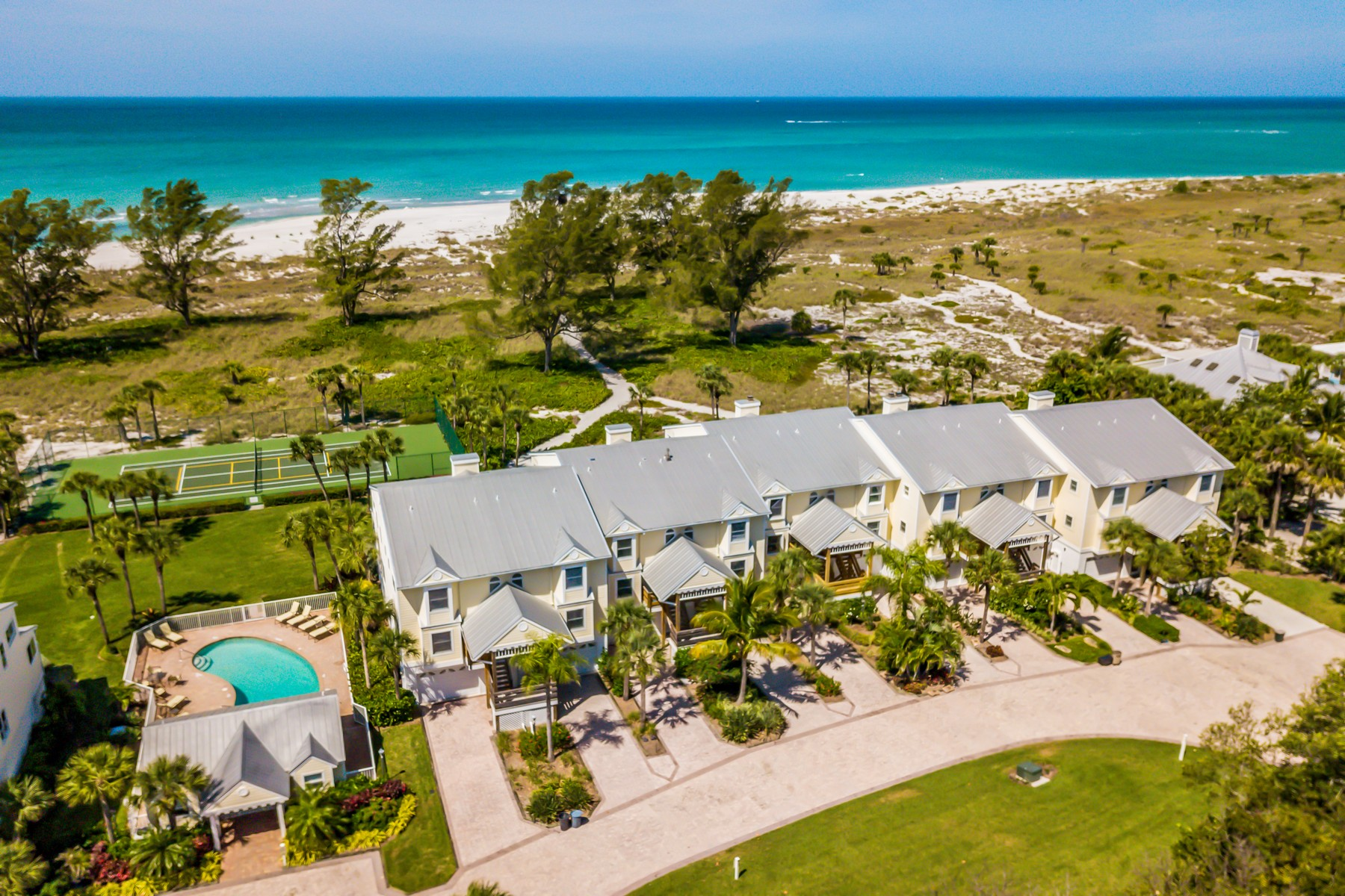 townhouses for Active at 5800 Gulf Shores Dr., #33 Boca Grande, Florida 33921 United States