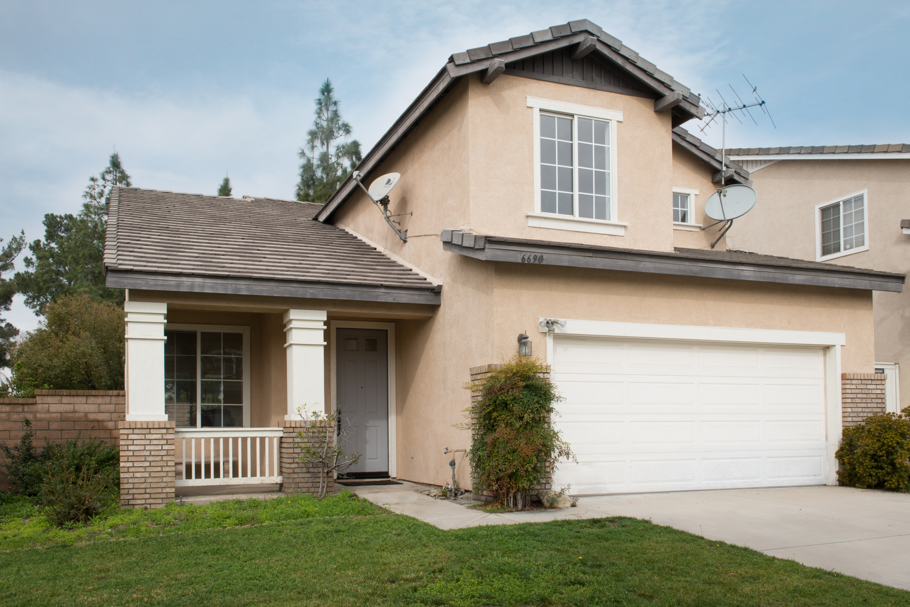 Single Family Home for Sale at 6690 Summerstone Ct, Rancho Cucamonga 91701 Rancho Cucamonga, California 91701 United States