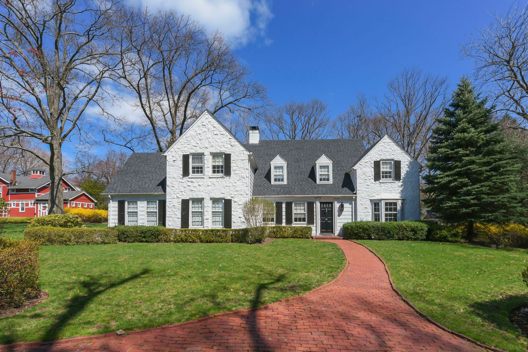 Single Family Homes for Sale at Bucolic Retreat 44 Lydecker St Englewood, New Jersey 07631 United States