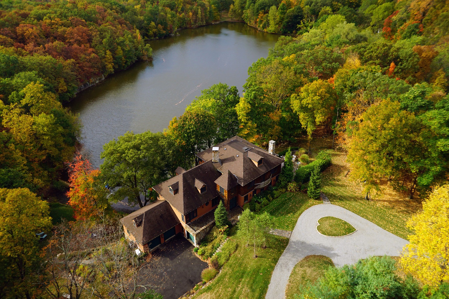Single Family Home for Sale at Lane Gate Lodge 125 Lane Gate Road Cold Spring, New York 10516 United States