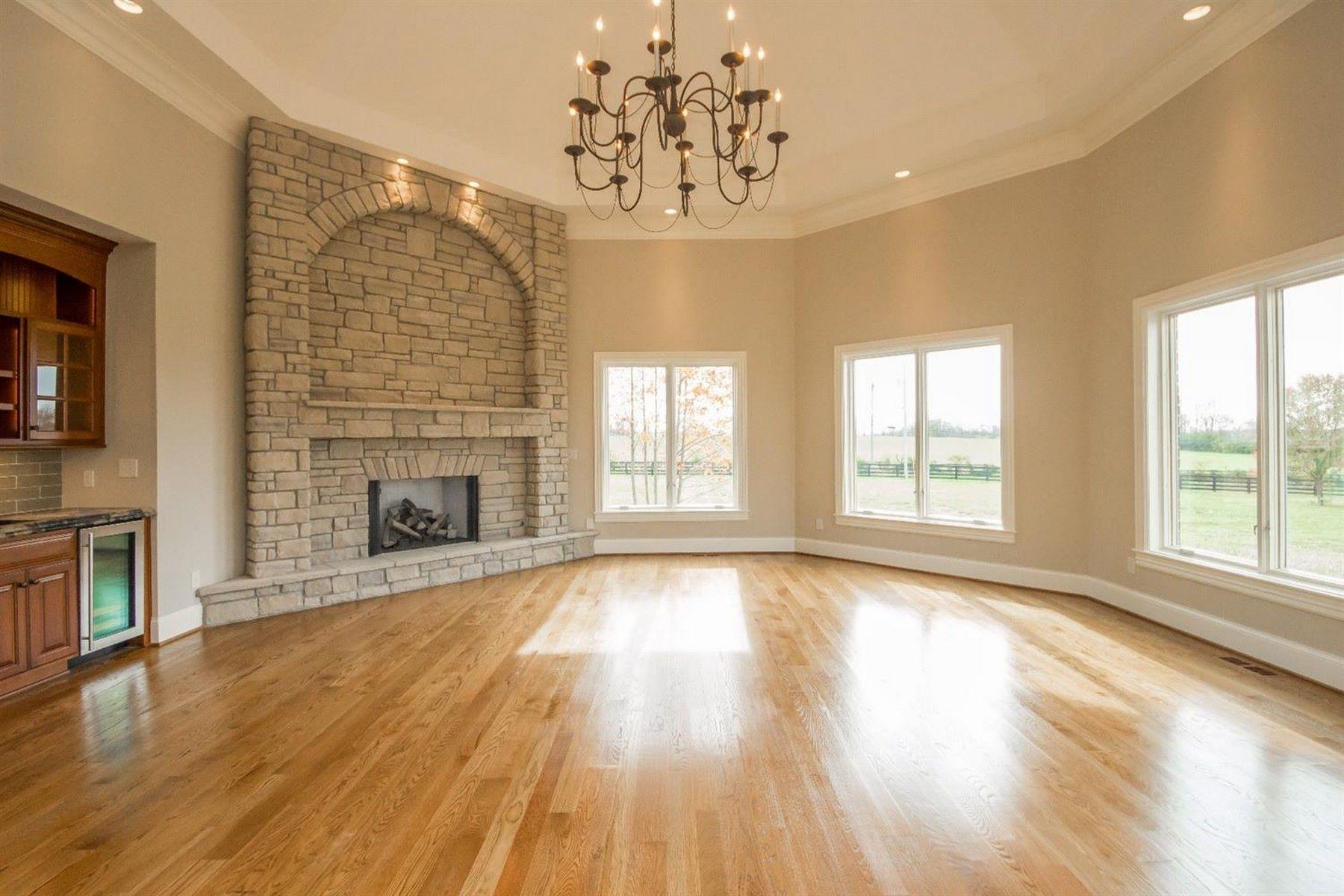 Single Family Homes pour l Vente à 35 Delaney Place Nicholasville, Kentucky 40356 États-Unis