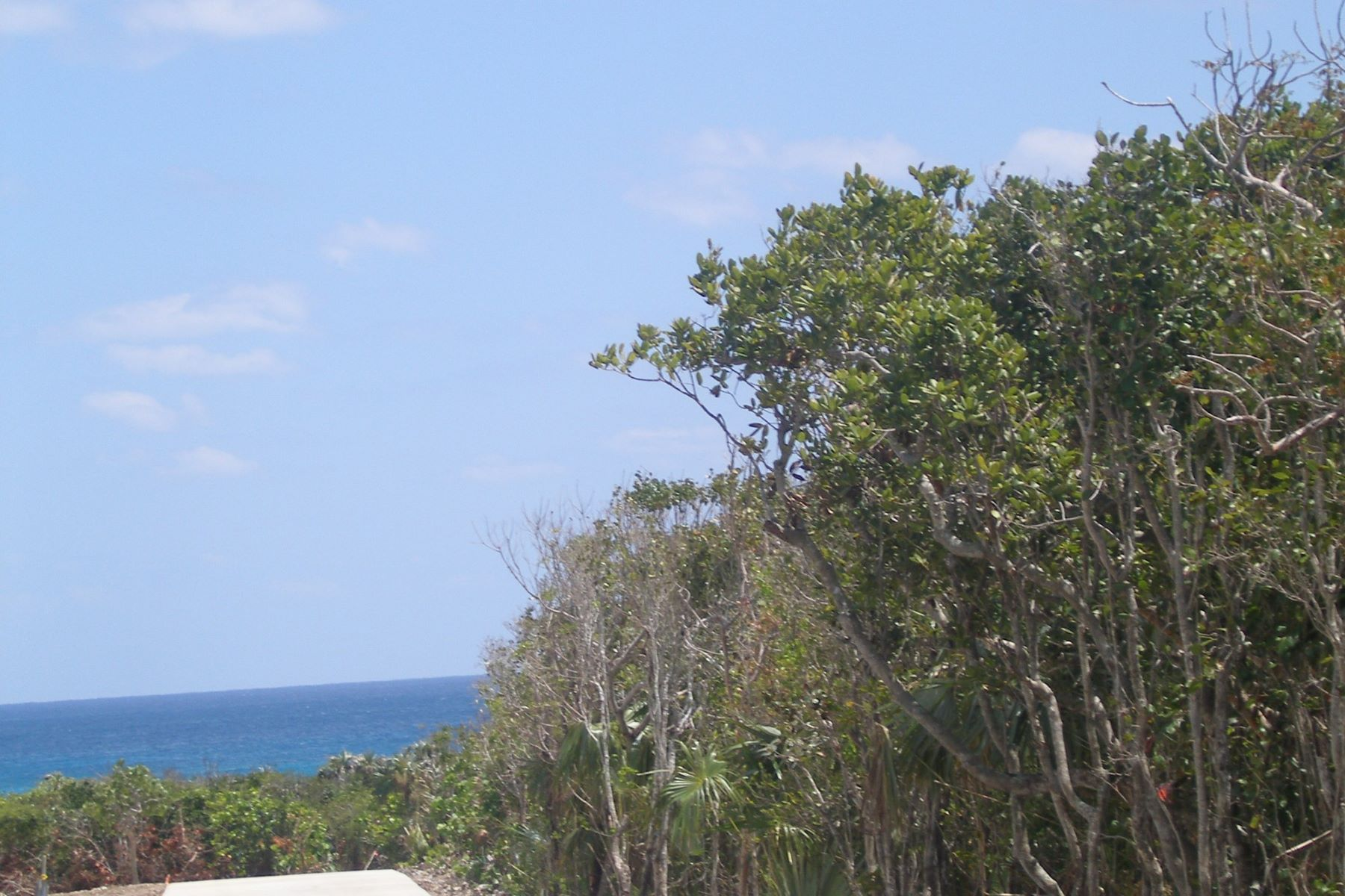 Additional photo for property listing at Lot B Elbow Cay Hope Town, Abaco Bahamas