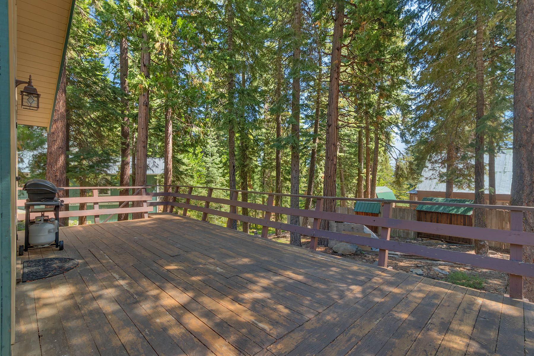 Additional photo for property listing at Charming Carnelian Bay cabin 3826 Dinah Road Carnelian Bay, California 96140 United States