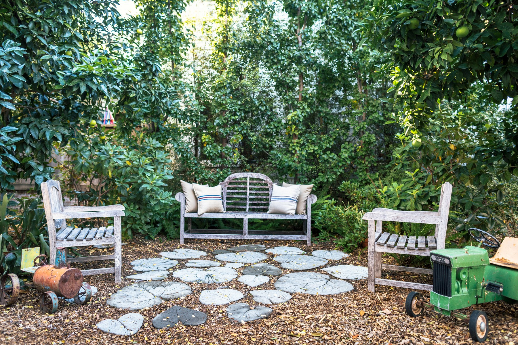 Additional photo for property listing at 227 North Street 227 North Street Healdsburg, California 95448 United States