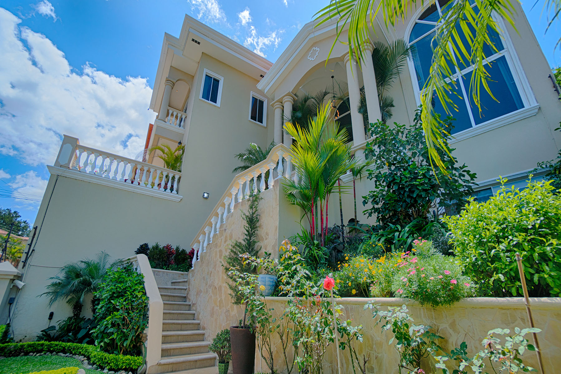 Additional photo for property listing at Ciudad Cariari de Belén Belen, Heredia Costa Rica