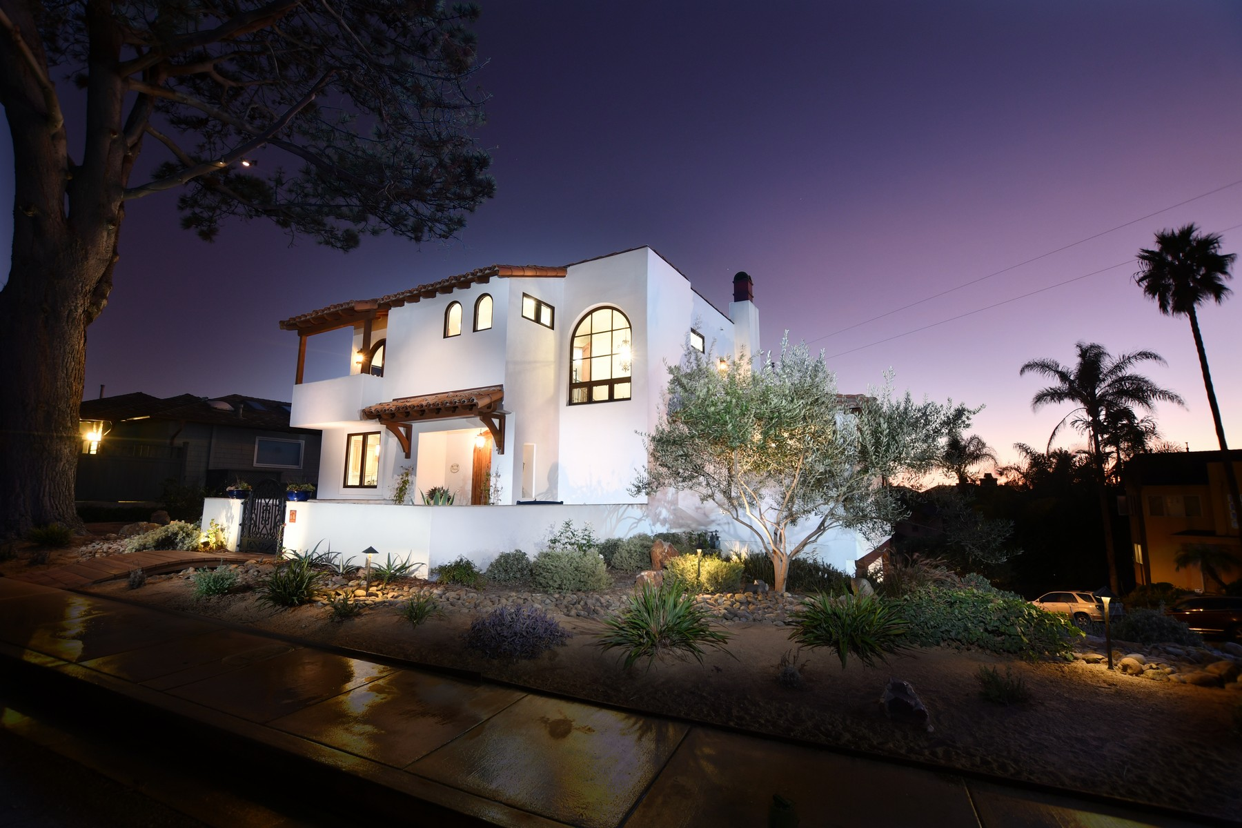 Single Family Homes for Sale at 1613 Haydn Drive Cardiff By The Sea, California 92007 United States