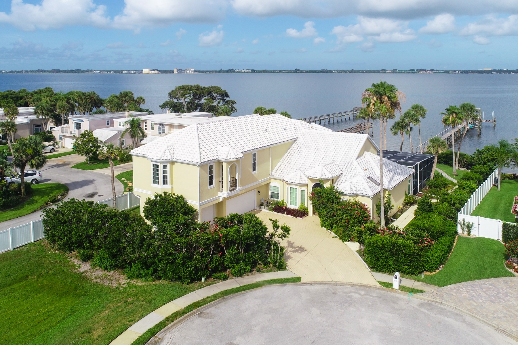 Single Family Homes for Sale at Amazing Riverfront Home in Seabreeze 247 Seaview Street Melbourne, Florida 32951 United States