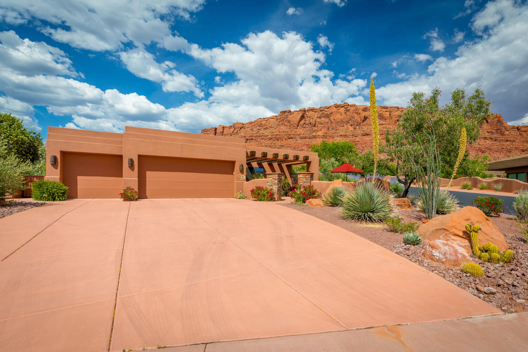 Single Family Homes for Sale at Entrada Living 2336 W Entrada Trail #23, St. George, Utah 84770 United States