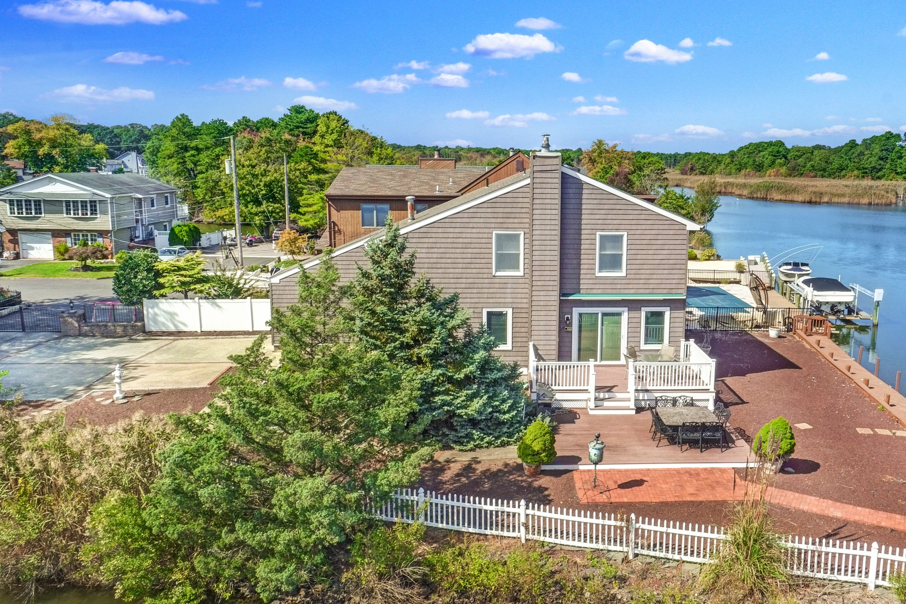 Single Family Homes for Sale at Waterfront Hideaway 61 Lenape Trail Brick, New Jersey 08724 United States