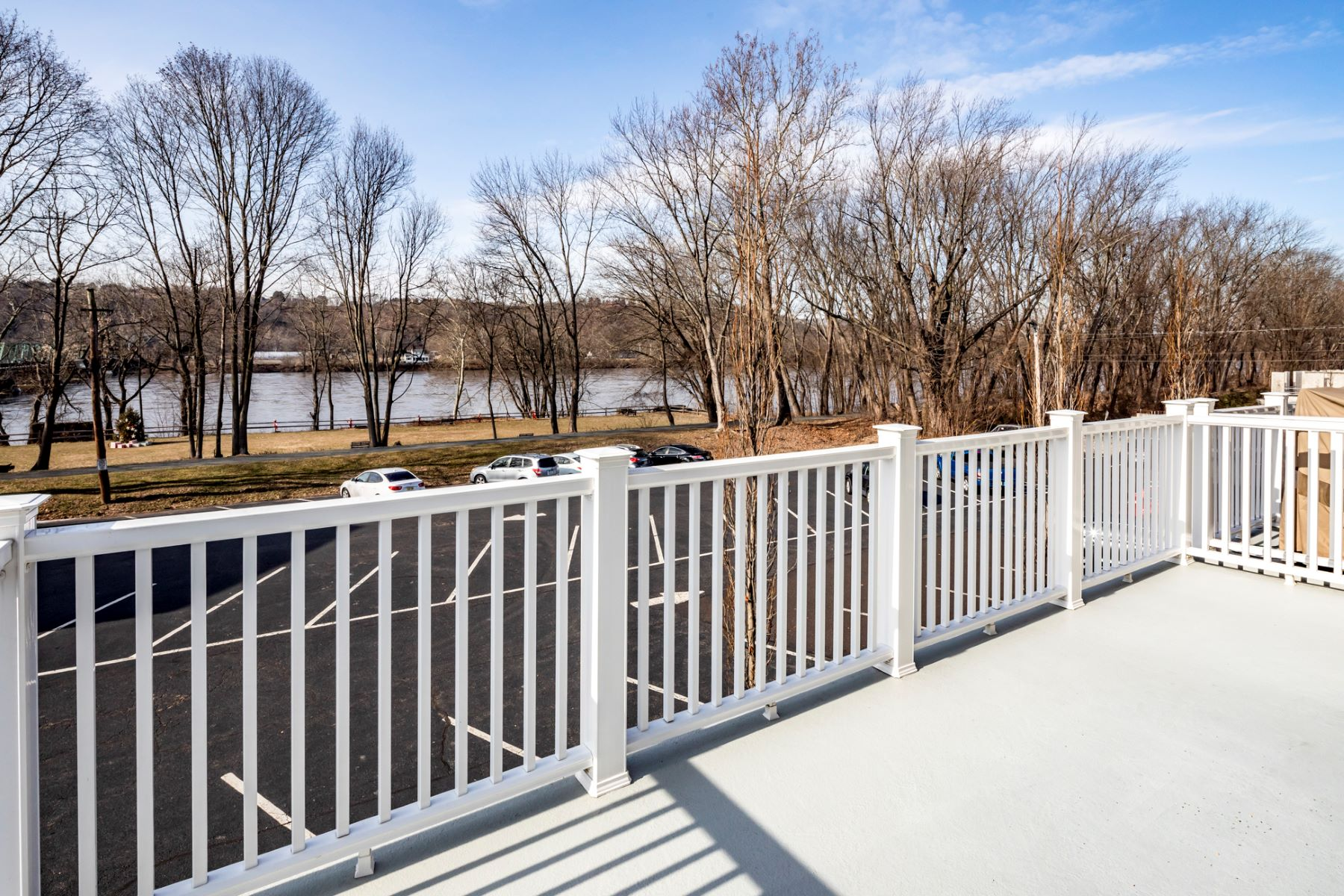 Additional photo for property listing at The Best of Both Worlds 3 River Mills Drive, Frenchtown, New Jersey 08825 United States