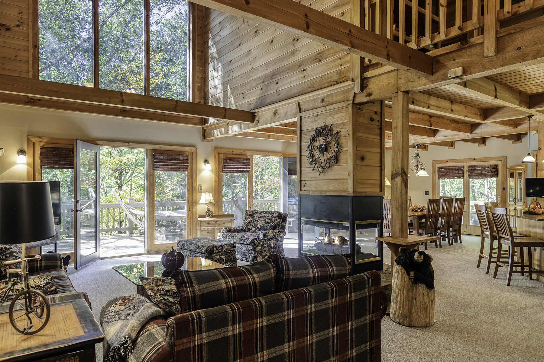 Additional photo for property listing at The Great Escape Cabin in Ellijay 392 Skyview Dr, Ellijay, Georgia 30536 Hoa Kỳ