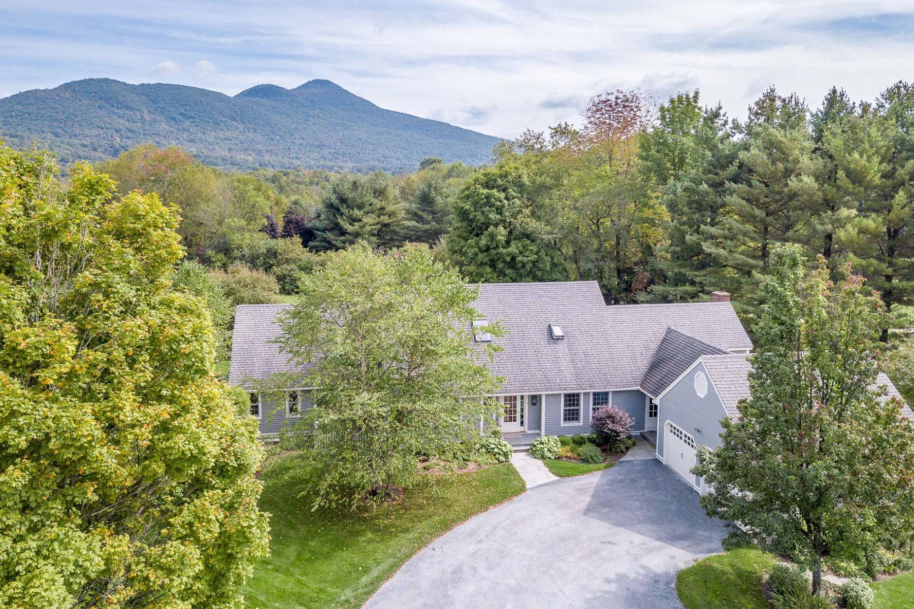 Single Family Home for Sale at Dorset West Road Contemporary 6 Farwell Ln Dorset, Vermont 05251 United States