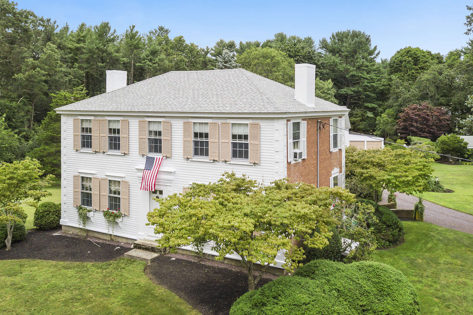 Single Family Homes 용 매매 에 Brick End Colonial c1780 66 Franklin Street, Duxbury, 매사추세츠 02332 미국