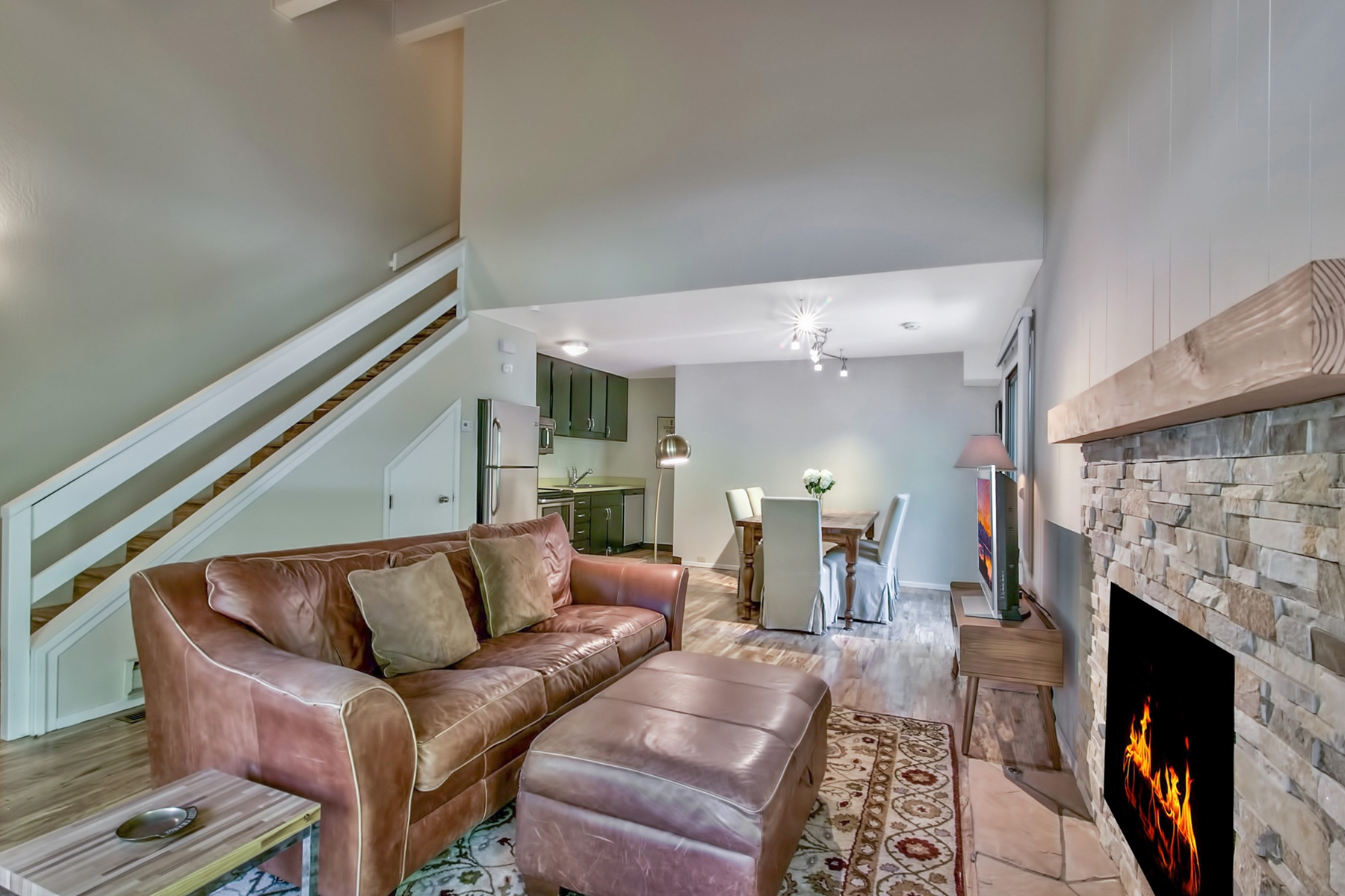 Additional photo for property listing at 136 Juanita Drive #27, Incline Village, Nevada 136 Juanita Drive  #27 Incline Village, 内华达州 89451 美国