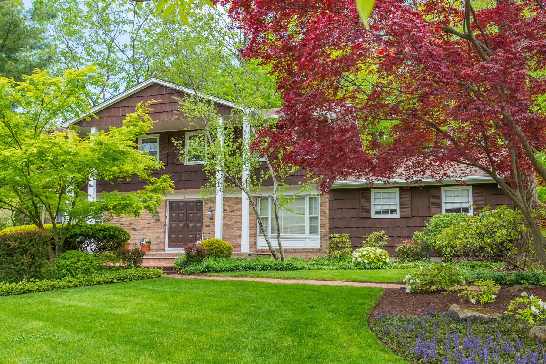 Single Family Homes for Sale at 16 Breton Drive Pine Brook 16 Breton Drive Pine Brook, New Jersey 07058 United States