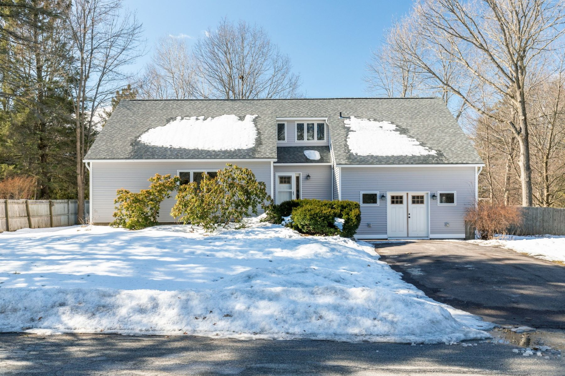 Single Family Homes for Sale at Contemporary Home in Davis Park 32 Tracy Lane Shelburne, Vermont 05482 United States