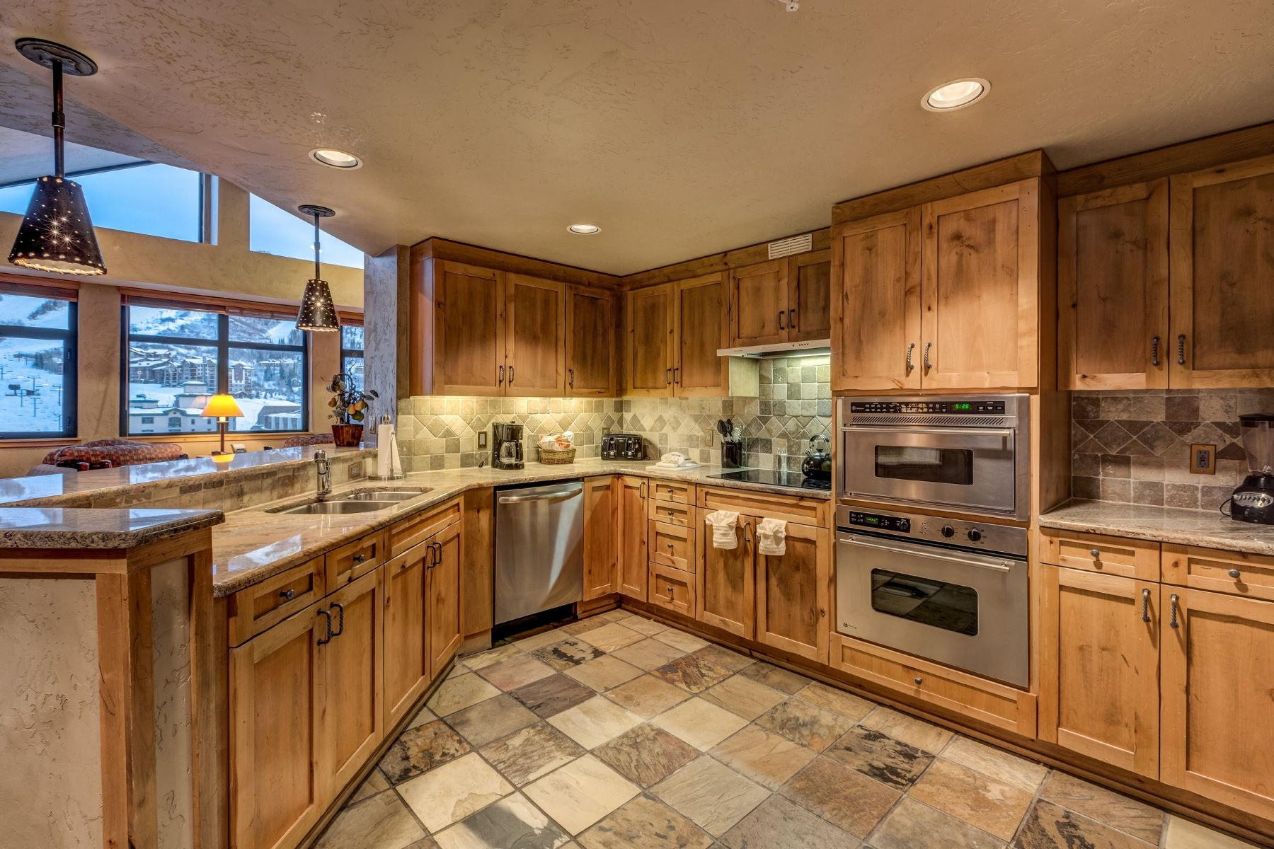 Additional photo for property listing at Steamboat Grand Resort 2300 Mt. Werner Cir 706 QII Steamboat Springs, Colorado 80487 United States