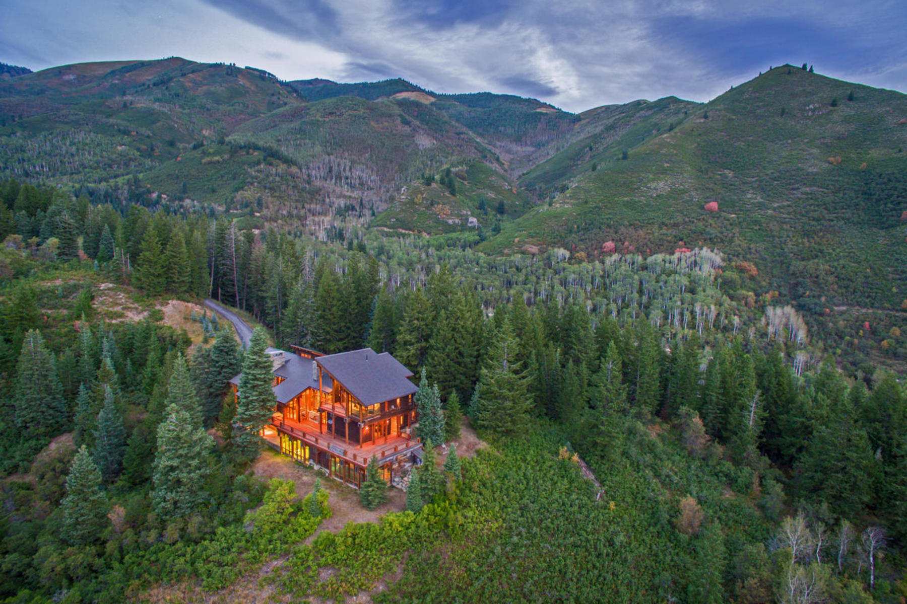 Additional photo for property listing at 331 Acre Estate Surrounded by Forest Land in Snake Creek Canyon 3888 W Seymour Rd Midway, Utah 84049 United States