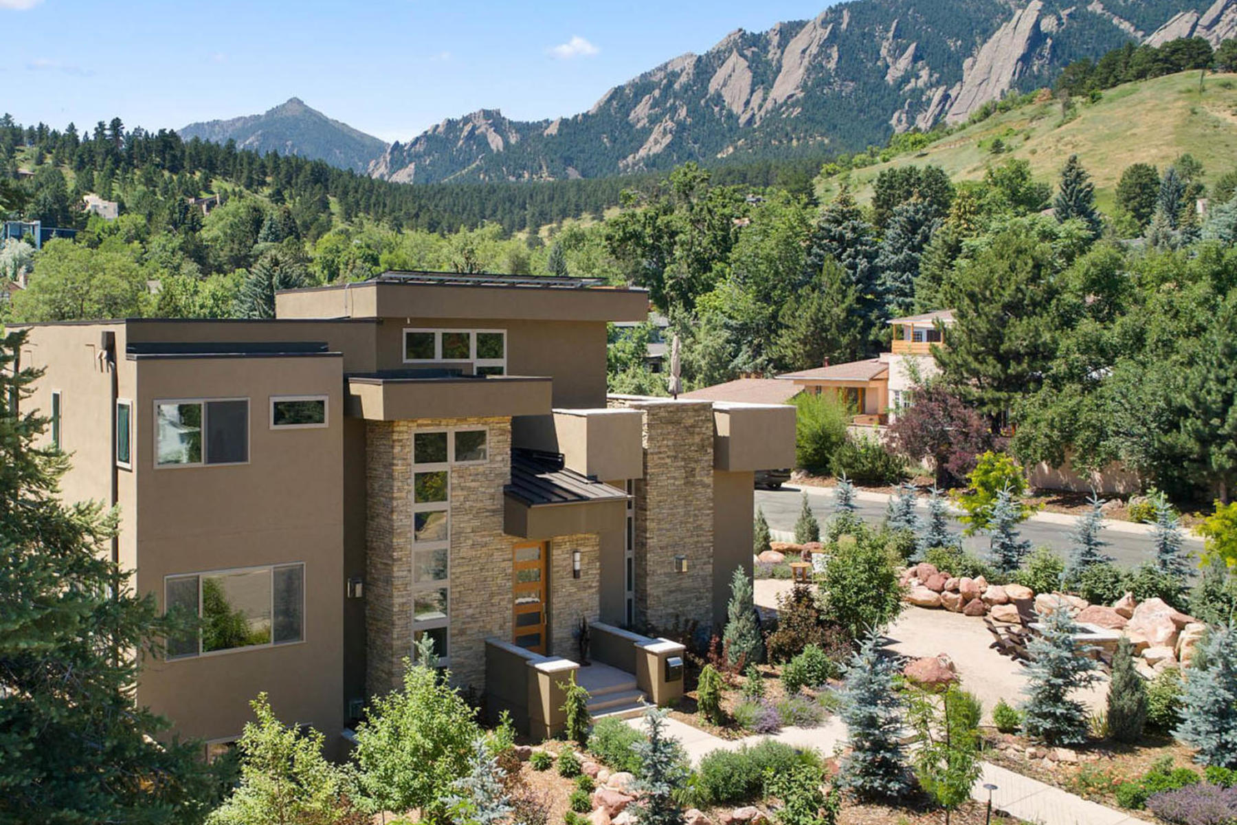 Single Family Homes for Sale at 350 15th Street 350 15th St Boulder, Colorado 80302 United States