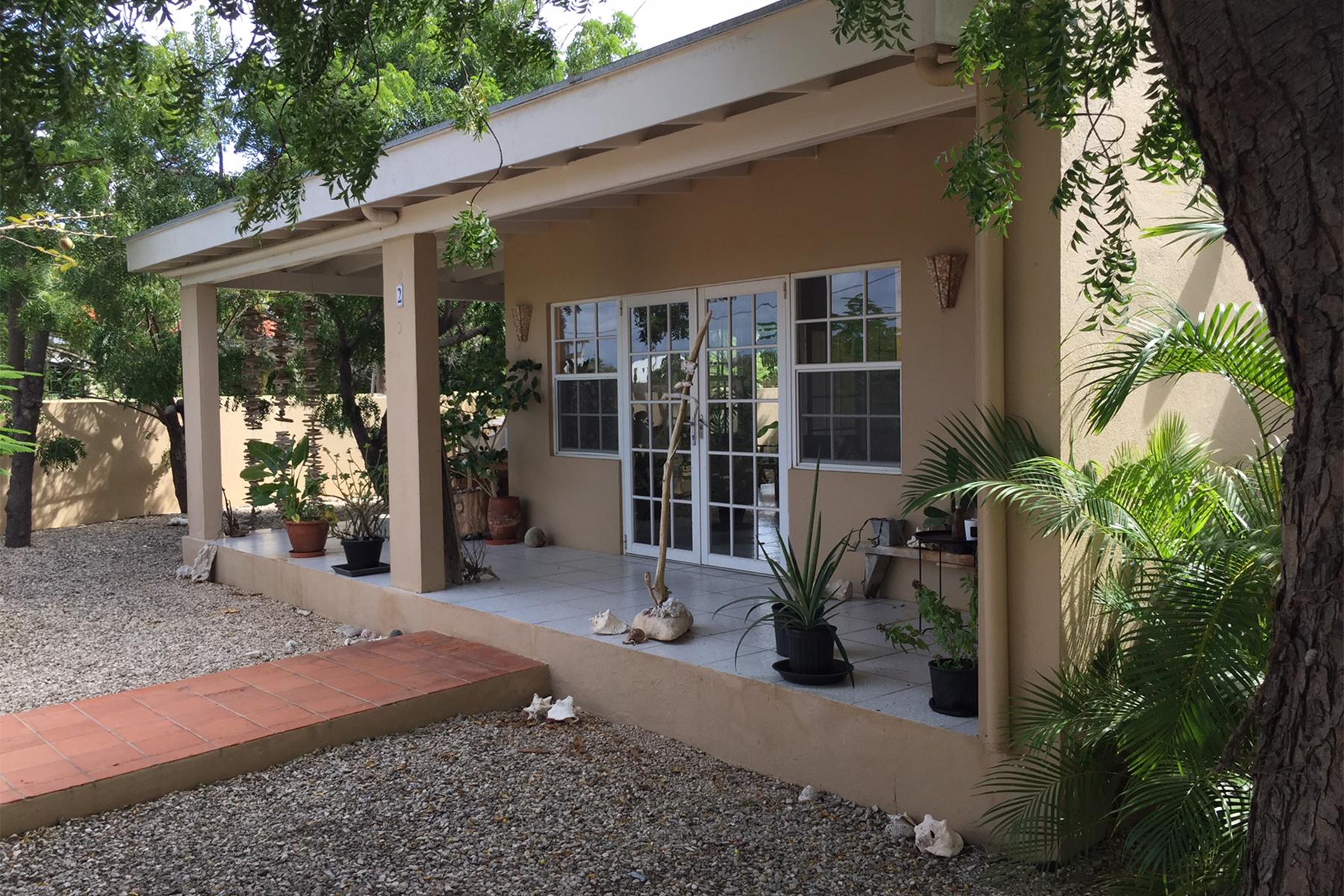 Additional photo for property listing at Villa Mars Belnem,  Bonaire