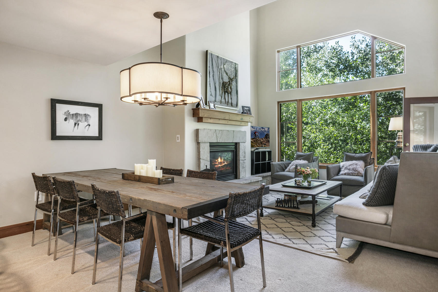 Property por un Venta en Pinecone Lodge #303 30 Cresta Road, #303 Edwards, Colorado 81632 Estados Unidos