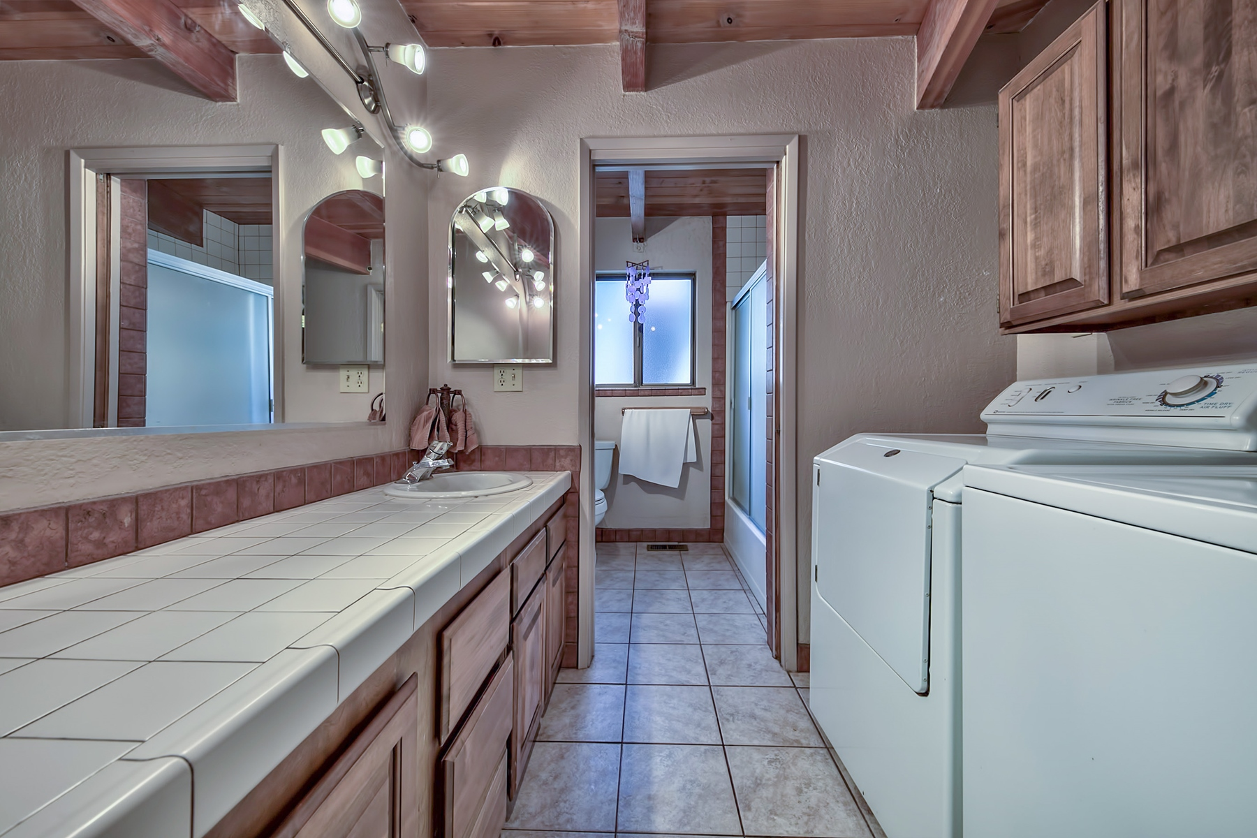 Additional photo for property listing at 2363 Marshall Trail, South Lake Tahoe, CA 2363 Marshall Trail South Lake Tahoe, California 96151 United States