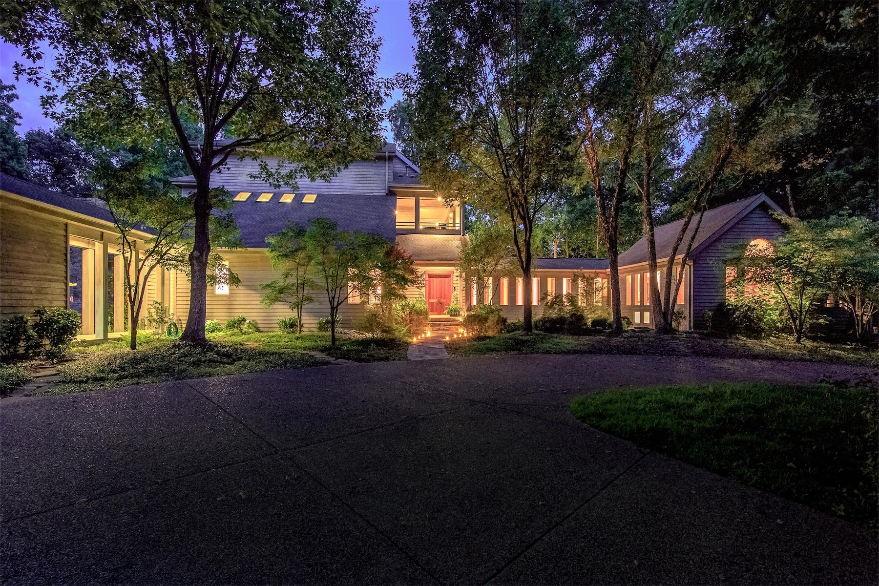 Частный односемейный дом для того Продажа на Gracious Gated Sanctuary on 29 Private Acres 7600 Buffalo Road Nashville, Теннесси, 37221 Соединенные Штаты